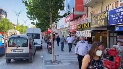 kahvehane - KIRŞEHİR - İç Anadolu'da kademeli normalleşmenin üçüncü etabının başlamasıyla cadde ve sokaklarda yoğunluk oluştu