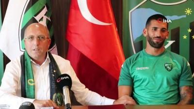 Kocaelispor, Diogo Alexis ve Atilla Turan'ı renklerine bağladı