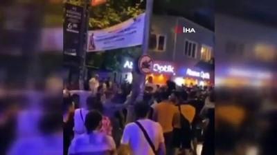 atmosfer -  Kadıköy'de kilise duvarında dans eden 2 şüpheliye ev hapsi