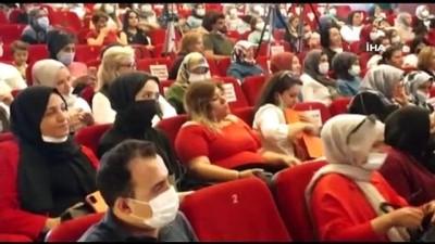 Uşak'ta 'Kadın Emeği, Türkiye'nin İstikbali' programı düzenlendi