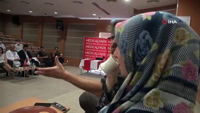 Elazığ'da sağlık çalışanlarına yönelik 'Hayatlarımız Sallanmasın' adlı tiyatro etkinliği düzenlendi