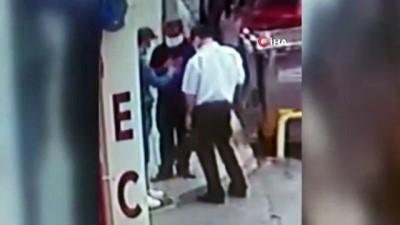arac plakasi -  Külçe altın görünümlü çakmak satan dolandırıcılar önce kameralara sonra polise yakalandı