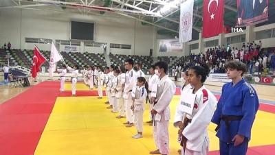istiklal - Yıldızlar Judo turnuvası Kilis'te başladı Videosu