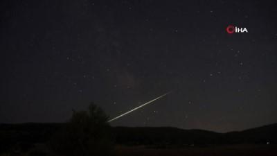 atmosfer -  Meteor düşüşü Bursa'da görüntülendi