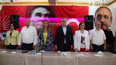 kiz kardes - UŞAK - CHP Kadın Kolları Genel Başkanı Nazlıaka, ziyaretlerde bulundu
