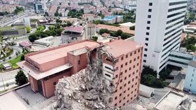yikim calismalari - İSTANBUL -  (DRONE) Haydarpaşa Numune Hastanesi'nde 6 yıldır kullanılmayan 8 katlı binanın yıkımına başlandı