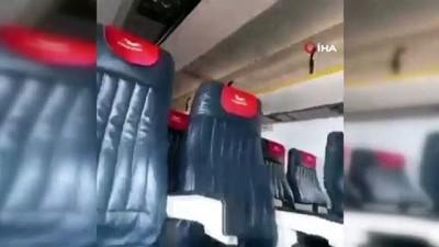 - Somali'de yolcu uçağı toprak zemine iniş yaptı