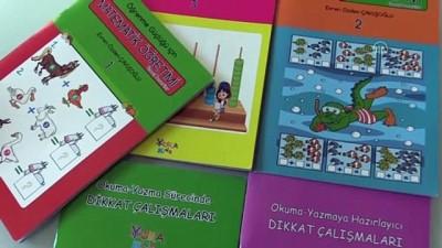 egitim merkezi - KARABÜK - Teknolojinin olumsuz etkilediği dislektik çocuklara hazırladığı kitap setiyle destek oluyor