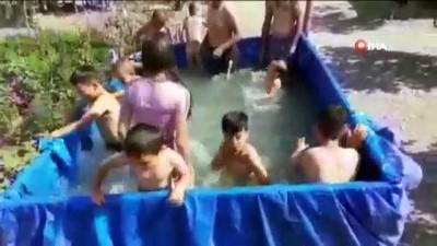 yuzme -  Traktör römorkunu havuza çevirdiler
