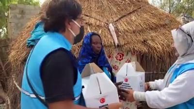 atmosfer - DAKAR - Türkiye Diyanet Vakfı ekipleri, zorlu yolları aşıp Senegallilerin yardımına koşuyor