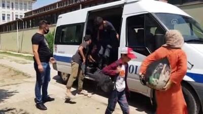 gocmen kacakciligi - ERZİNCAN - Yasa dışı yollarla yurda giren 27 yabancı uyruklu yakalandı