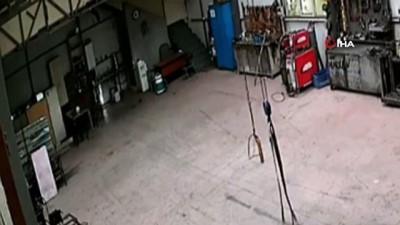 kacis -  Hırsızlık için girdiği dükkanda alarm çalınca böyle kaçtı