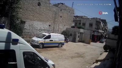 - Afrin'de Sivil Savunma Merkezi'nin vurulduğu anlar kameraya yansıdı