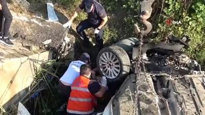 kiz kardes -  Bayram dönüşü kaza: 3 ölü, 2 ağır yaralı