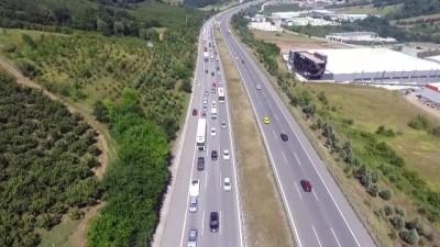 guzergah - DÜZCE - Bayram tatilinin son gününde yollarda yoğunluk oluştu