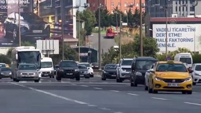 İSTANBUL - Helikopter destekli trafik denetimi yapıldı