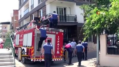itfaiye merdiveni -  Polis, apartmana saklanan hırsızı yakalamak için çatıya itfaiye merdiveniyle çıktı