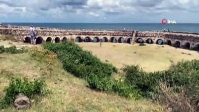 cokme -  Tarihi Rumeli Feneri Kalesi ahıra döndü Videosu