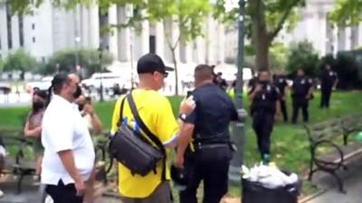 protesto - New York'ta karşıt görüşlü göstericiler arasında gerginlik