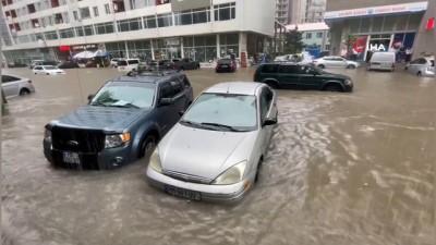 - Batum'da şiddetli yağış sele neden oldu