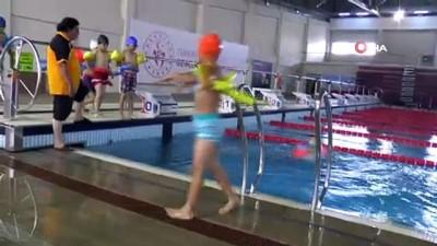 yuzme - Erzurum'da düzenlenen yüzme kursuna yoğun ilgi