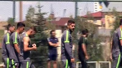 milli takim - ERZURUM - Süper Lig'de ilk kez forma giyecek Konyasporlu Oğulcan Ülgün, hedeflerini anlattı: