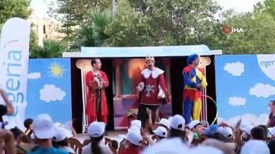 tiyatro -  Hamburger karavanından Karavan Tiyatro'ya