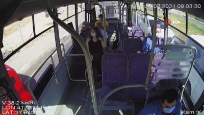 halk otobusu -  Siirt'te otobüste bayılan kadın yolcuyu şoför hastaneye yetiştirdi... O anlar kamerada