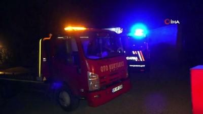 112 acil servis -  Amasya'da kontrolden çıkan kamyonet şarampole uçtu: 2 yaralı