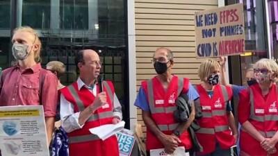 protesto - LONDRA - İngiltere'de sağlık çalışanları Kovid-19 sürecinde koruyucu ekipman eksikliğini protesto etti