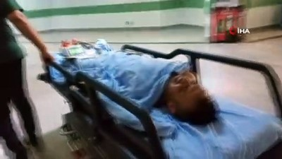 metamfetamin -  Uyuşturucu satıyor diye bıçaklandı, hastanede iç çamaşırından uyuşturucu çıktı