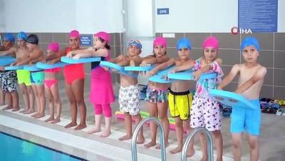 yuzme -   Eyüpsultan Belediyesinin ilk havuzu açıldı