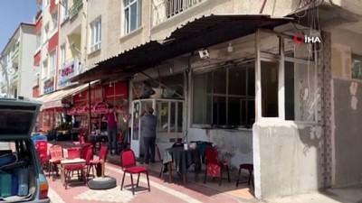 kahvehane -  Sungurlu'da bir kahvehane kundaklandı... Kar maskeli zanlının kaçtığı anlar kamerada