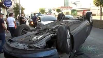 trafik polisi -   Bayrampaşa'da kontrolden çıkan araç takla attı: 1 yaralı