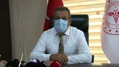 yan etki -  Elazığ İl Sağlık Müdürü Polat: 'Pandemi yoğun bakım doluluk oranları yüzde 54 civarlarında, panikleyecek ve korkulacak bir durumumuz yok'