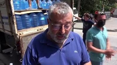 zabita memuru -  Bolu'ya yabancılar için 20 ton su getiren iş adamına vatandaştan tepki