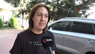 yumurta -  Pes dedirten olay kamerada: Komşusuna ait otomobili defalarca çizdi Videosu