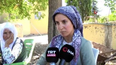 koy yollari -  Eylemciler nedeniyle ambulansta doğum yapan kadın konuştu