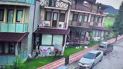 agri merkez -  Genç kadını taciz eden zanlı balkonda kameraya böyle yakalandı