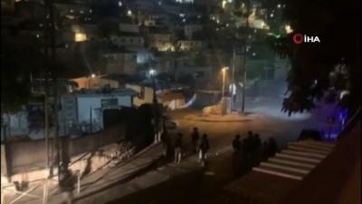 goz yasartici gaz -  - Kudüs'te İsrail güçleri Filistinlilere saldırdı