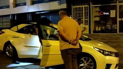 mermi -  Arnavutköy'de bir otomobili kurşunlayıp kaçtılar