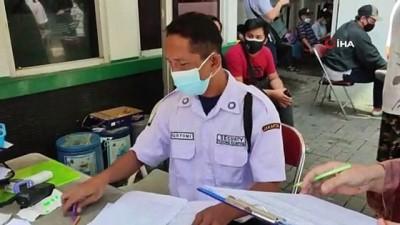 strateji -  - Endonezya'da günlük korona virüs vakası zirve yaptı - Son 24 saat içerisinde 31 bin 189 vaka tespit edildi
