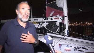 HATAY - Türkiye'nin dört denizini yelkenliyle hiç durmadan aşan Tolga Pamir, 16 günlük zorlu yolculuğunu anlattı