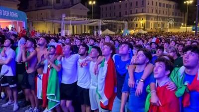 havai fisek - ROMA - İtalya Milli Takımı'nın EURO 2020'de finale çıkması coşkuyla kutlandı