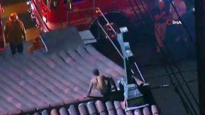 - ABD'de bir şahıs, kilisenin çatısındaki haçları yakmaya çalıştı