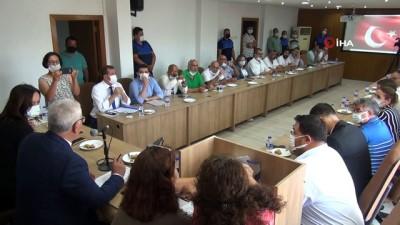kiz kardes -  Silifke Belediye Başkanı Sadık Altunok oldu
