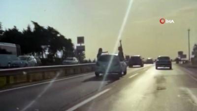 tehlikeli yolculuk -  Silivri'de tehlikeli yolculuk kamerada