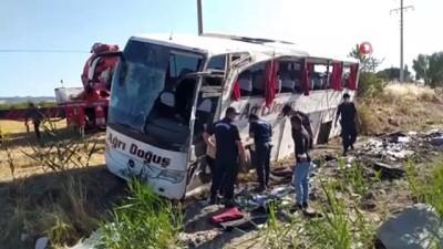otobus soforu -  - Kontrolden çıkan otobüste can pazarı: 33 yaralı