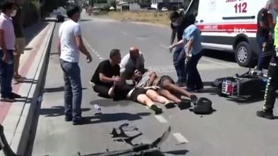 """motosiklet surucusu -  Motosiklet kazasında yaralanan genç kız: """"Ayağım nerede, bana ne oldu"""" diye feryat etti...Kaza anı kamerada Videosu"""