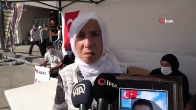 """protesto -  Evlat nöbetindeki anneler: """"PKK hem ormanlarımızı hem de yüreğimizi yaktı"""""""